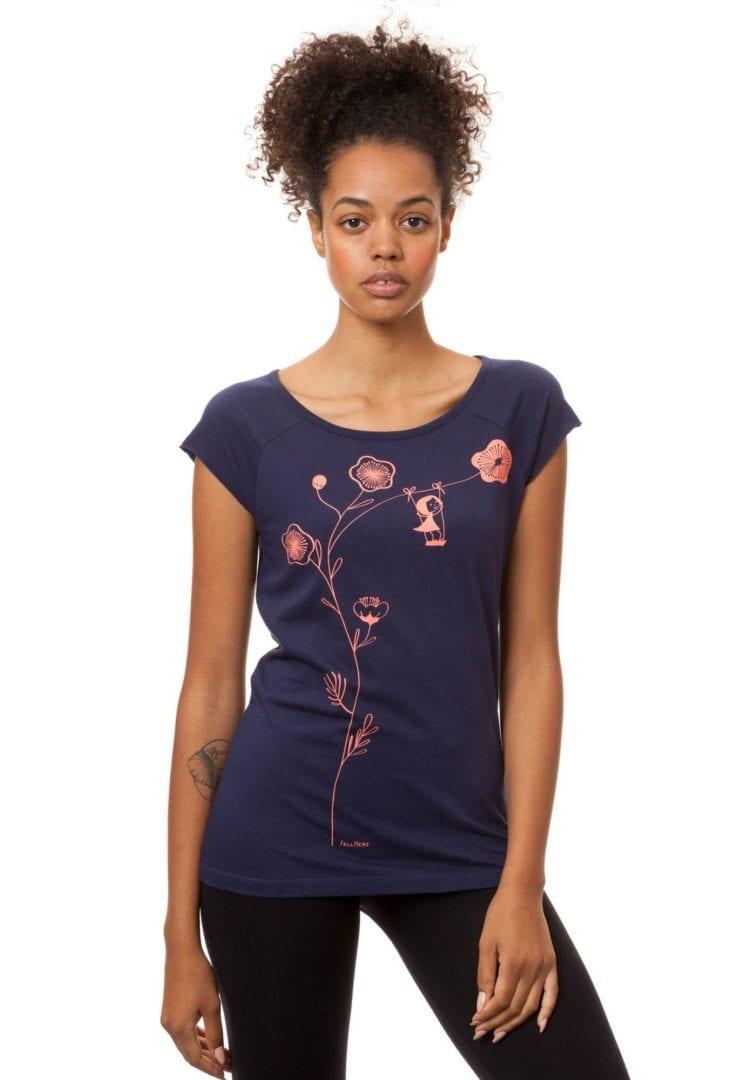 T-Shirt Schaukelmädchen Blau  von FellHerz