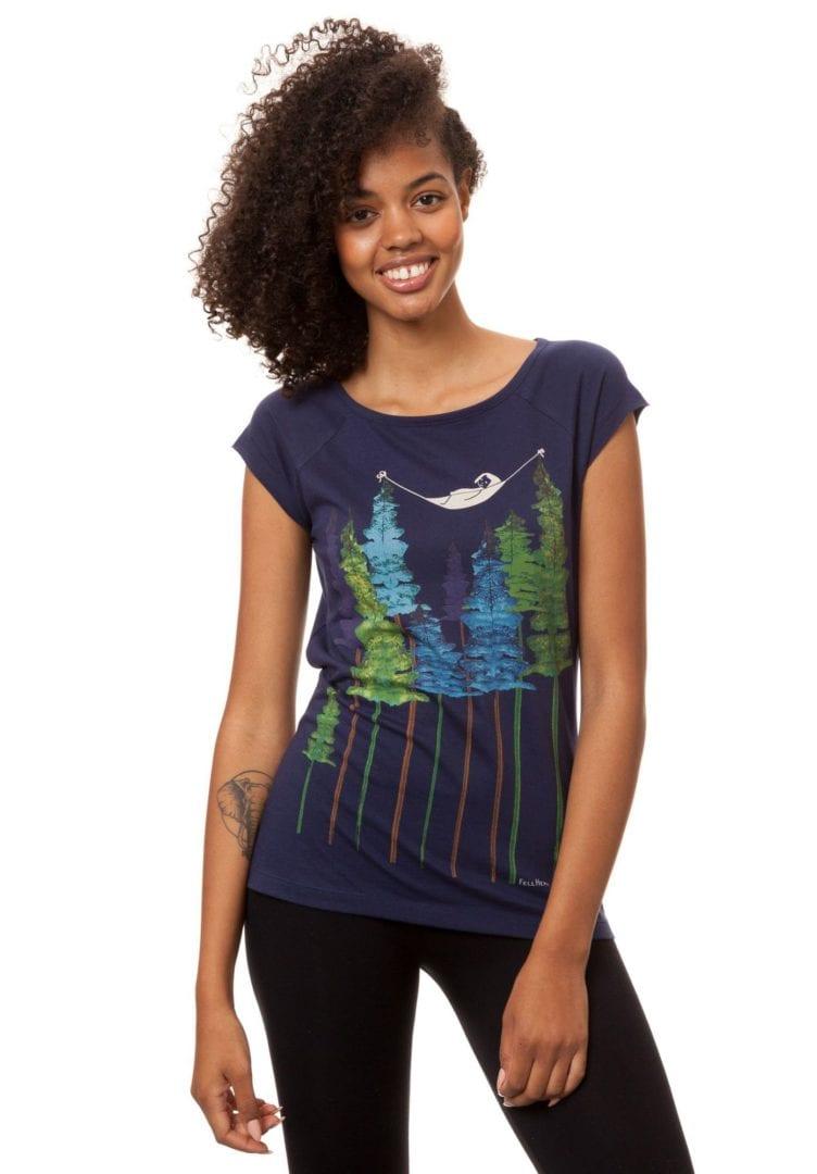 T-Shirt Wood Girl Dunkelblau  von FellHerz