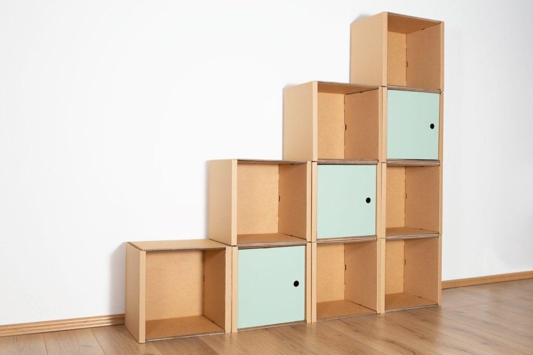 Stufenregal groß - 3 Türen / salbei von Room in a Box