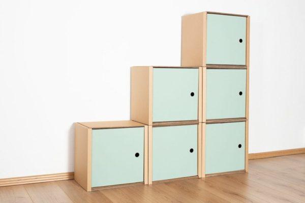 Stufenregal klein - 6 Türen / salbei von Room in a Box
