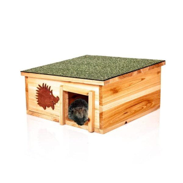 Premium Igelhaus aus Holz für den Winter von Skojig