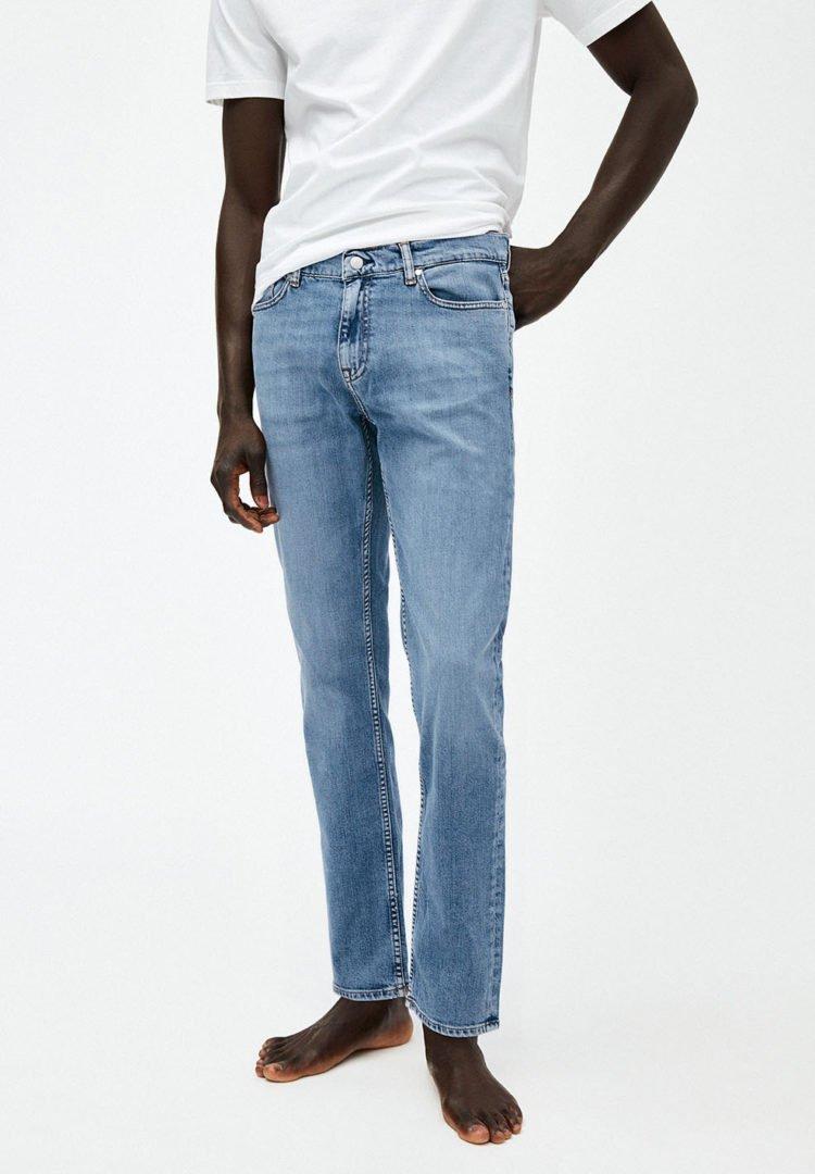Jeans Iaan In Light Stone Wash von ArmedAngels