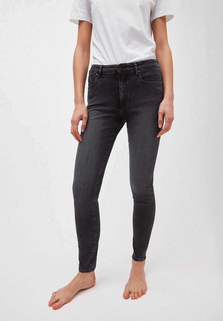 Jeans Tillaa In Grey Wash von ArmedAngels