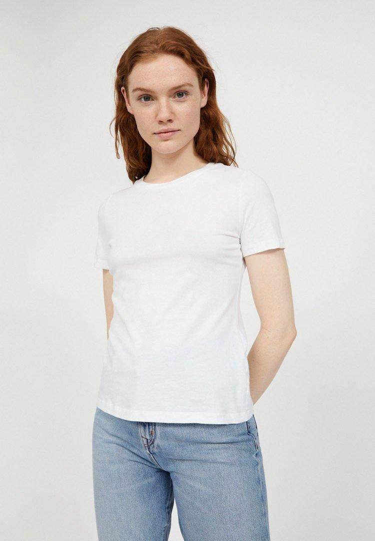T-shirt Lidaa In White von ArmedAngels