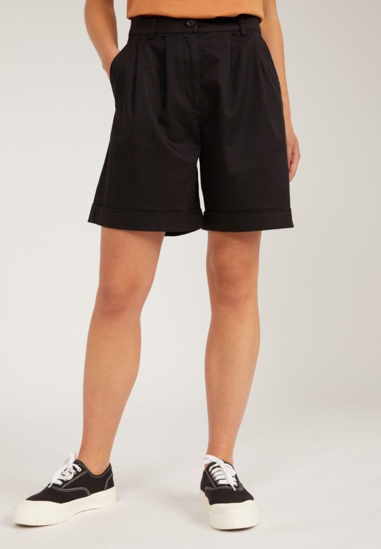 Shorts Bermudaa In Black von ArmedAngels