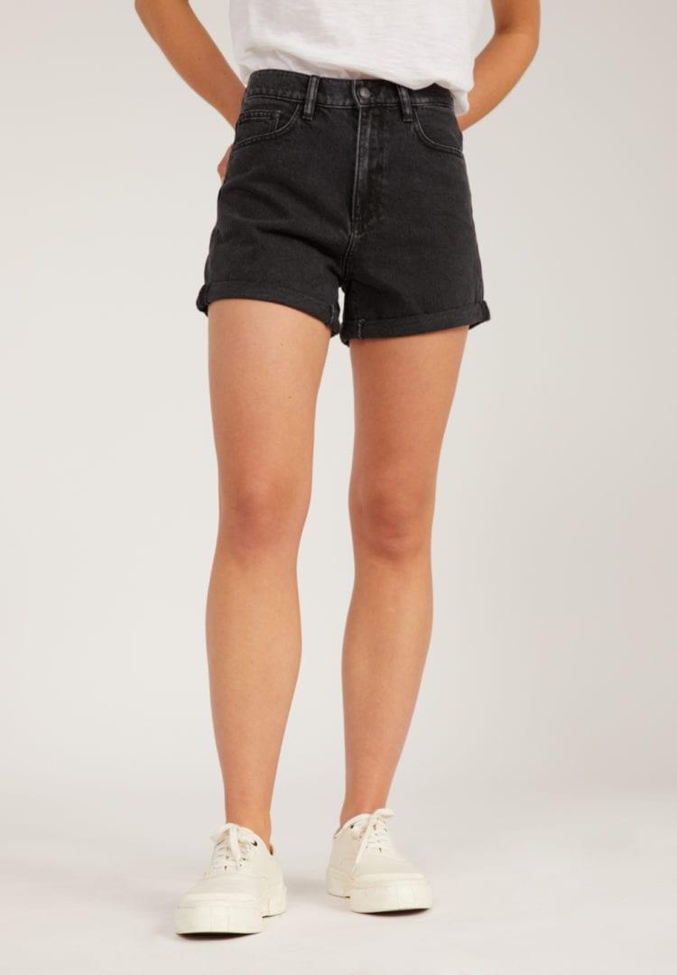 Shorts Silvaa In Washed Down Black von ArmedAngels