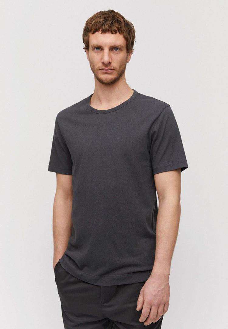 T-shirt Aantonio Linen In Acid Black von ArmedAngels