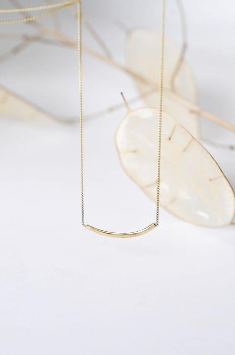 Delicate nachhaltige Goldkette von Wild Fawn