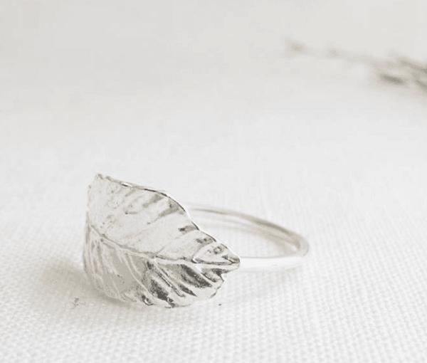 Leaf nachhaltiger Silberring von Wild Fawn