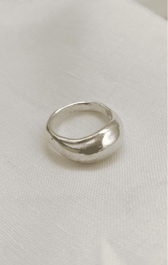 Statement Ring aus recyceltem Silber von Wild Fawn