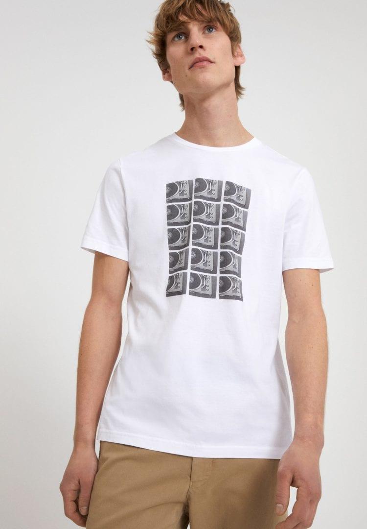 T-shirt Jaames Turntables In White von ArmedAngels