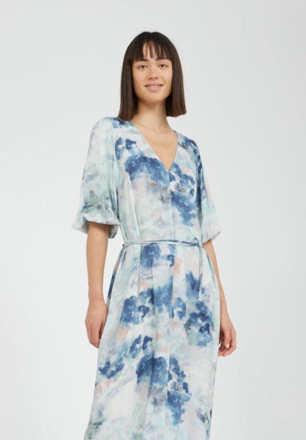 Kleid Tyraa Watercolors In Foggy Blue von ArmedAngels
