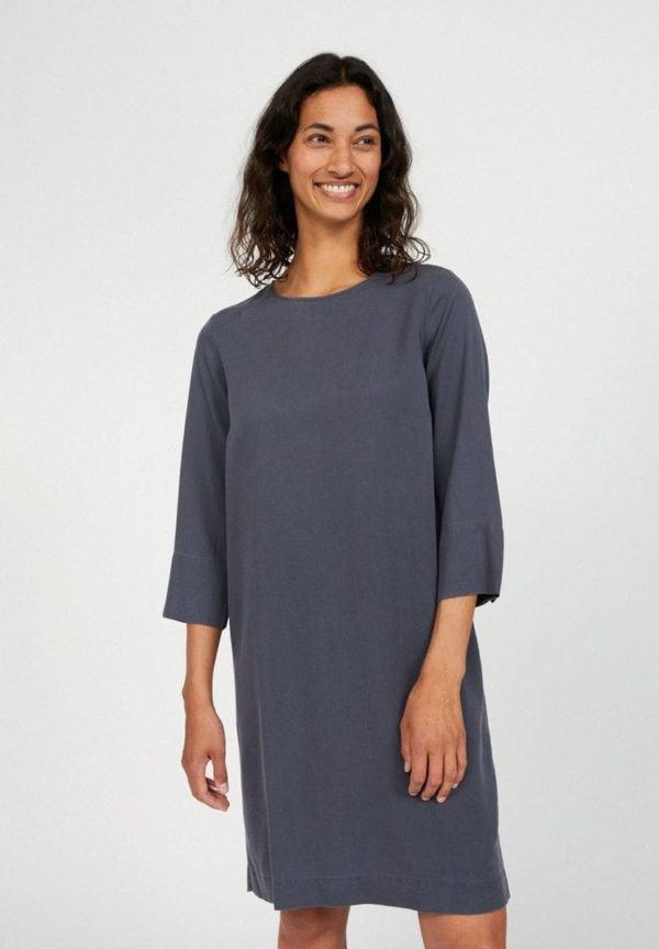Kleid Vadelmaa In Anthra von ArmedAngels