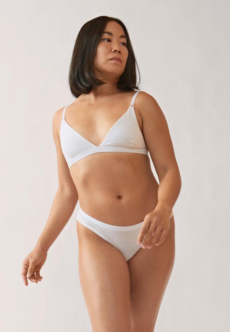 Panty Faara In White von ArmedAngels