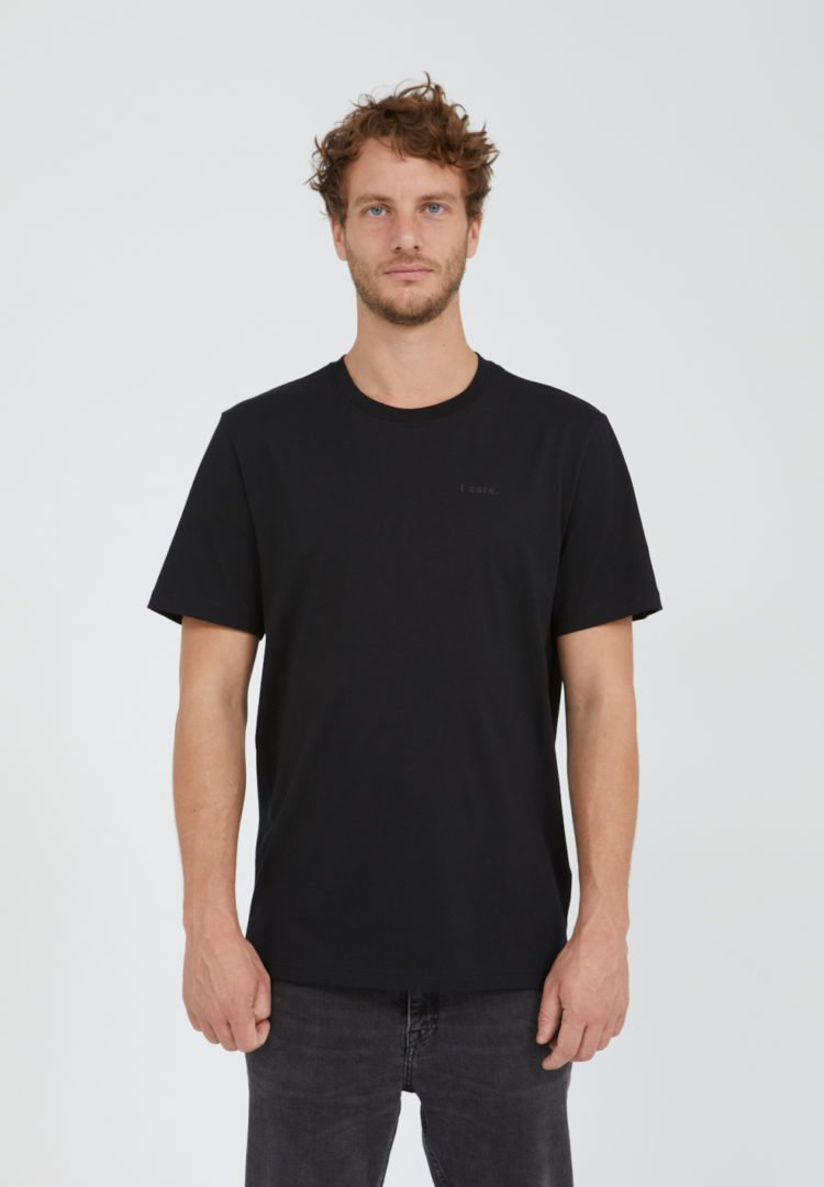 T-shirt Aado I Care In Black von ArmedAngels