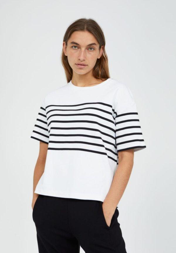T-shirt Jacintaa Placed Stripe In White von ArmedAngels
