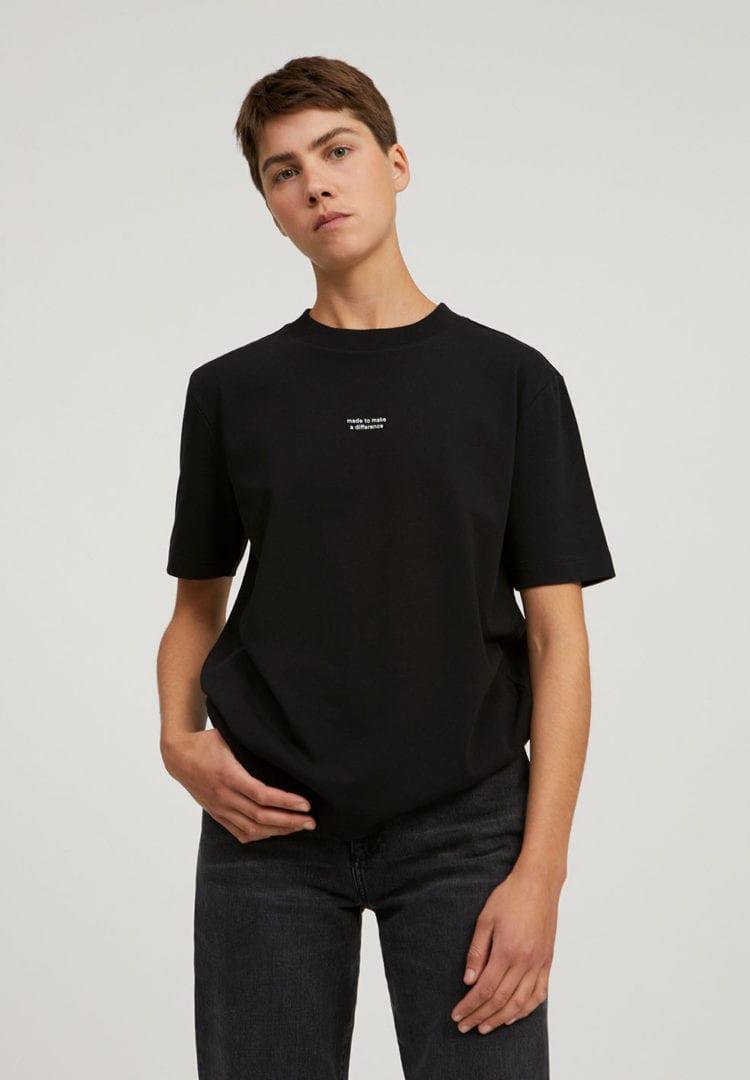 T-shirt Taraa Difference In Black von ArmedAngels